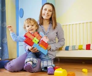 Tarif baby-sitting Lyon : ce que ça vous coûte et vos aides.